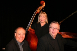 Karlsruher Jazz -Trio  mit Thilo Wagner,Piano, Lindy Huppertsberg, Bass, und Hans Peter Schucker, Schlagzeug ›   A Tribute to Oscar Peterson
